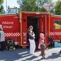 Lisaks tavapärasele päästevõimekusele tagab Rapla komando Lääne-Eestis ka erivõimekusi. Suvisel ohutuspäeva pildil on inimestele tutvumiseks toodud Pääste staap, mida kasutatakse ulatuslike päästetööde lahendamiseks kohapeal.
