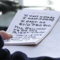 KUULA   Foto Donald Trumpi märkmetest on andnud inspiratsiooni vähemalt kolme laulu valmimiseks
