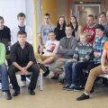 """Sarja """"Üheksandikud"""" peategelaseks on              Tallinna Kuristiku gümnaasiumi õpiraskustes 9.b klass."""