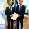Eesti uus aukonsul Isidoro Beltran de Heredia Dreyfus ja Eesti suursaadik Hispaanias Toomas Kahur