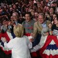 Clinton tänas teisipäeval New Yorgis toetajaid