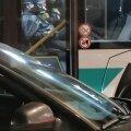 ВИДЕО | Как на войне! Жители Таллинна ехали в автобусе в противогазах
