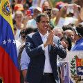 Германия и ряд стран ЕС признали Гуайдо временным президентом Венесуэлы