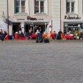 VIDEO | Kevadpäike pani Vanalinna kohvikupidajad piirangutele vilistama