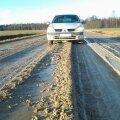 Lugeja FOTOD: Kohalik tee muutub mitu korda aastas porimülkaks