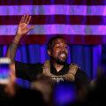 Presidendikandidaat Kanye West mõistis esimesel kampaaniaüritusel hukka abordi ja pornograafia ning puhkes nutma