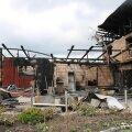 FOTO: Pesumasina rikke tõttu põles talu kõrvalhoone maha