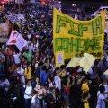 Mitmetes Brasiilia linnades avaldati meelt jalgpalli MM-i vastu