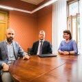 Vasakult: keskkriminaalpolitsei majanduskuritegude büroo juht Leho Laur, rahapesu andmebüroo juht Madis Reimand ja riigiprokurör Sigrid Nurm