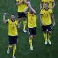 Rootsi mängijad pärast võitu Slovakkia üle.