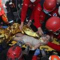 VIDEO | Türgis toodi neli päeva pärast maavärinat rusude alt elusana välja nelja-aastane tüdruk