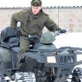 Luhamaa kordoni piirivalvurid patrullivad praegu peamiselt suuskadel, ent kasutada on ka üks ATV.