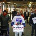 Meeleavaldajad Trump Toweri ees