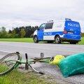 Jalgrattur sai autolt löögi (foto on illustratiivne).