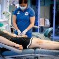 Verekeskuses nõustutakse homoseksuaalselt mehelt verd võtma ainult juhul, kui too on 12 kuud seksist hoidunud.