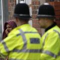 Jõuk vehkis Birminghamis lapsi täis kinos matšeetedega: haavata sai ka mitu politseinikku