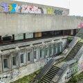 FOTOD: Linnahalli seinad on hoolimata linna püüdlustest endiselt kaetud grafitiga