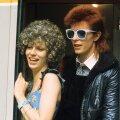 Popstaar David Bowie oma abikaasa Angela Bowiega 1974. aastal