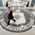 Американский разведчик о шпионе в Кремле: в жизни перебежчика нет гламура