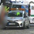 Полицейские задержали в Старой Риге голую окровавленную женщину с ножом