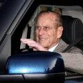 97-aastase Suurbritannia prints Philipi juhitud auto paiskus kokkupõrke tagajärjel külili