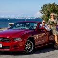 Arhitekt Haldo Oravas kinkis oma elukaaslasele Eda-Liis Kannile Mustangi.