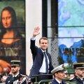 """Инаугурация в Париже: Макрон получил код от """"ядерного чемоданчика"""""""