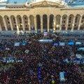 ВИДЕО | В Тбилиси десятки тысяч человек протестуют против провала избирательной реформы