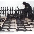 2007. aastal ära võetud sadakond püstolkuulipildujat.