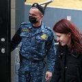 Navalnõi pressiesindajale Kira Jarmõšile määrati üheksapäevane arest