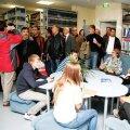 Külalised Türgist tutvumas Tabasalu raamatukoguga. Foto: Katrin Romanenkov