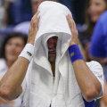 Novak Djokovic näitas US Openi finaalis oma inimlikumat poolt, puhkedes publiku palavate ovatsioonide peale kolmanda seti 4:5 kaotusseisus lahinal nutma. Djokovic kaotas matši Daniil Medvedevile 4:6, 4:6, 4:6.