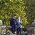 Leht: Cameron palus Brexiti vältimisel abi Merkelilt