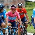 Giro d'Italia roosas liidrisärgis Richard Carapaz