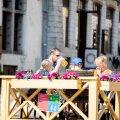 FOTOD | Suvehooaeg Tallinna vanalinnas: kesvamärjuke on taskukohane, ent turistihordidest pole veel juttugi