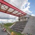 Vaida jalakäijate silla ehitus juuli 2016
