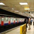 В лондонском метро появились плакаты на эстонском языке