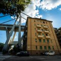 VIDEO | Sajad Genova purunenud silla all asuvate majade elanikud on jäänud kodutuks