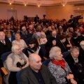 Savisaare kõne järelkaja: eesti keelt mitteoskav proua hõiskas pidevalt kaasa, kohal olid peamiselt eakad ja Keskerakonna poliitikud