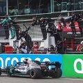 Хэмилтон выиграл Гран-при Айфеля и повторил рекорд Шумахера