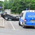 2013. aasta 24. juunil põrkasid Tallinna kesklinnas kokku kolm autot, millest üks maandus katusel. Kaks inimest sai viga