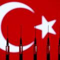 В Турции стартовала программа вакцинации работников туризма. Все ради приема иностранных туристов этим летом
