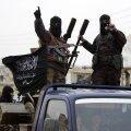 Nusra rinde sõdurid Idlibi lähistel.