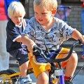 Üks kolmeaastane poiss peab saama end võrrelda samaealise poisiga ning lasteaias avaneb selleks suurepärane võimalus. HELEN URBANIK