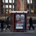 """KARDA SOROST, KARDA JUCKERIT: """"Teil on õigus teada, mis on Brüsselil plaanis!"""" hoiatab plakat lugejat."""