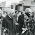 India peaministri Indira Gandhi visiit Eestisse 1982. aastal. Gandhi vestlemas EKP KK I sekreäri Karl Vainoga. Paremalt esimene Arnold Green.