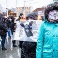 Maskivastaste meeleavaldus Vabaduse platsil.