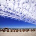 ФОТО | Веревки, социальное дистанцирование и индивидуальный проход к воде: каким будет пляжный отдых в Испании в этом году?