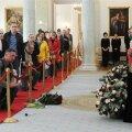 Inimesed jätavad hüvasti president Lech Kaczynski ja abikaasa Ma