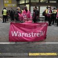 Немецкие служащие бастуют строго по правилам